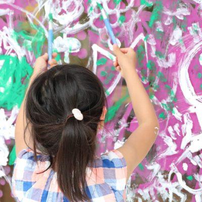 遠山 敦ワークショップ 「でっかぁーーい窓ガラスにみんなで絵を描こう!!」が終了しました!
